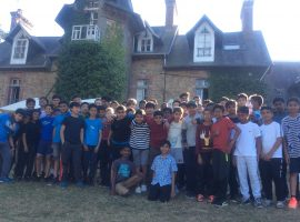 Moi, je parle français! Chateau trip gives boys a chance to put their French lessons to the test