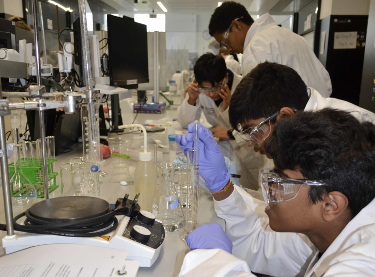 Top three finish for QE in prestigious national Chemistry competition